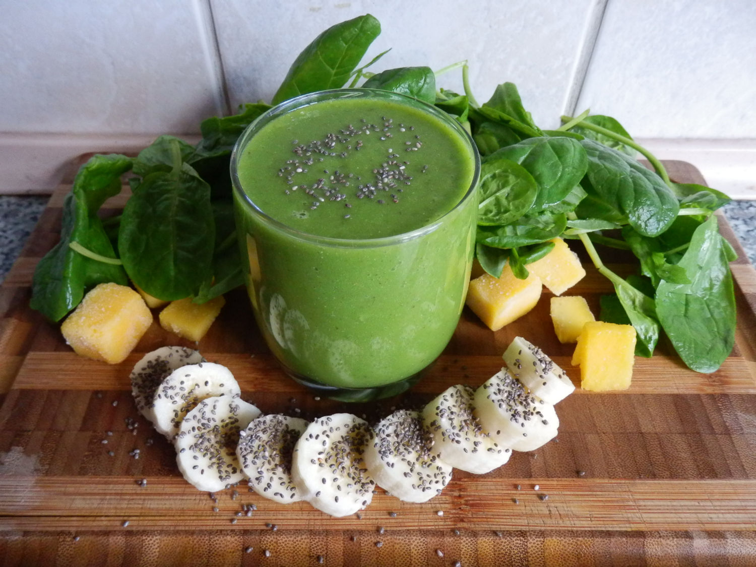 Banana, Baby Spinach & Chia Seed Smoothie